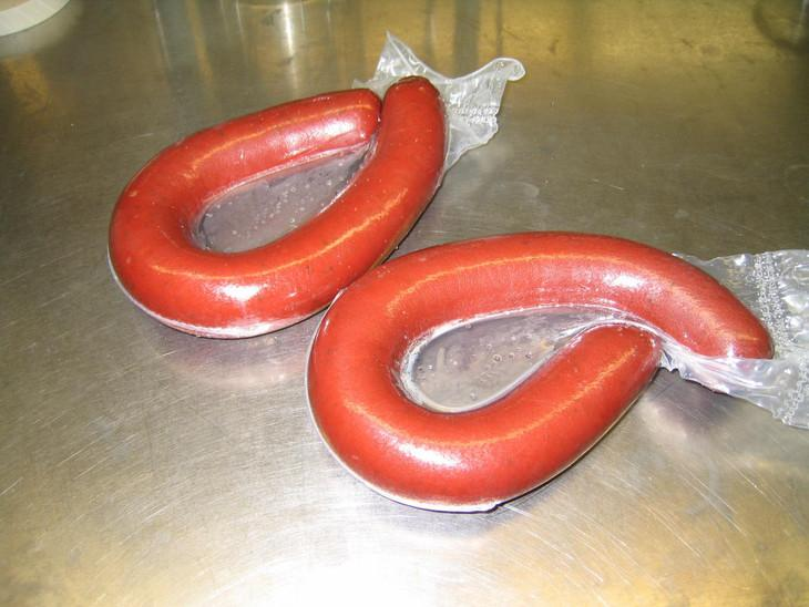 """Test sausages"" used in the development of the antimicrobial film"