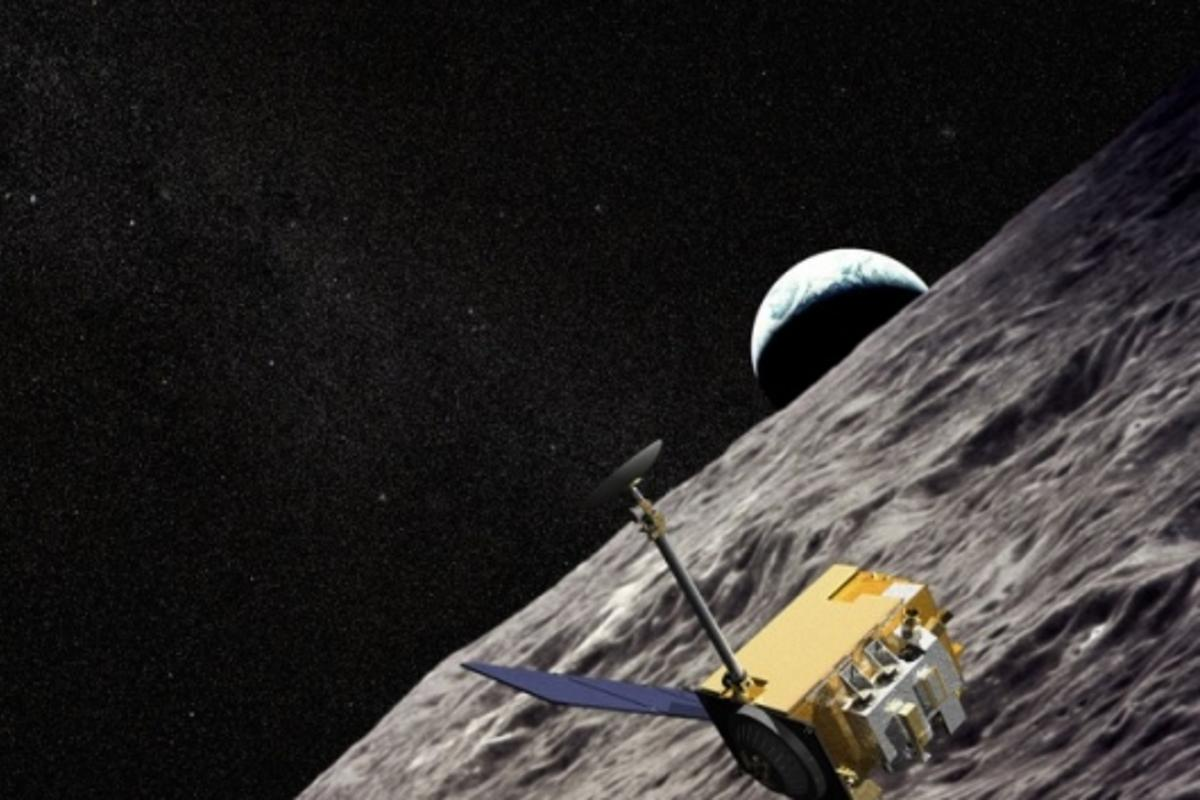 An artist's impression of the LRO spacecraft taking hi-res images of the moon's surface (Image: Chris Meaney/NASA)