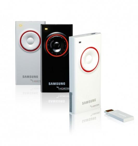 The Nortek Duplus mini wireless presenter/mouse, co-designed by Samsung, comes in piano finish white, black and silver