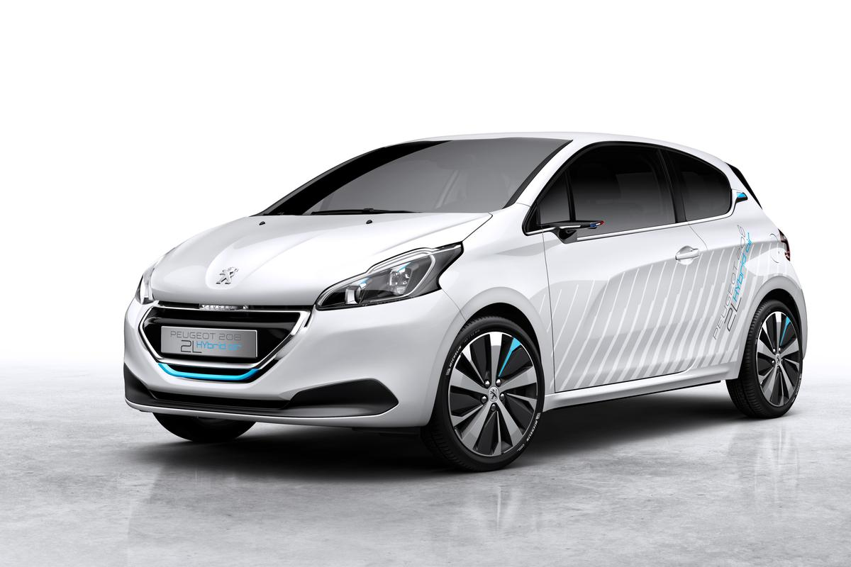 Peugeot's Hybrid 208 2L demonstrator car complements a gasoline-air powertrain with weight- and drag-cutting measures