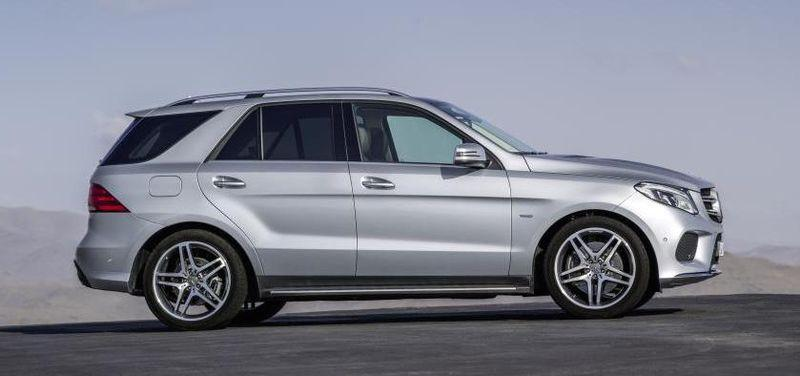 The Mercedes-Benz GLE 500 e 4MATIC (called the 550e in the US) was introduced in early 2015 as a plug-in electric SUV