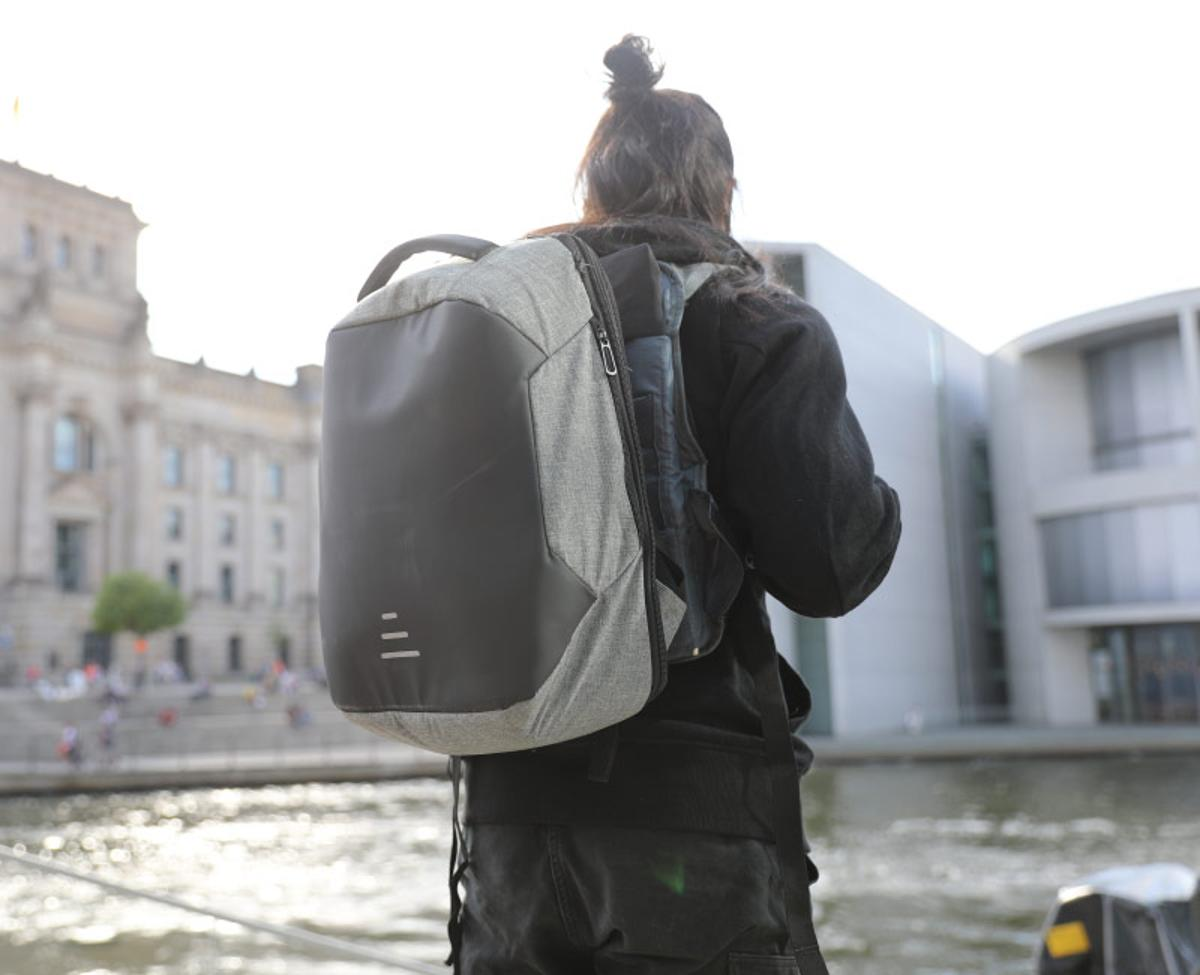 Moonr's suspension backpack is claimed to makeheavy loads easier to walk with
