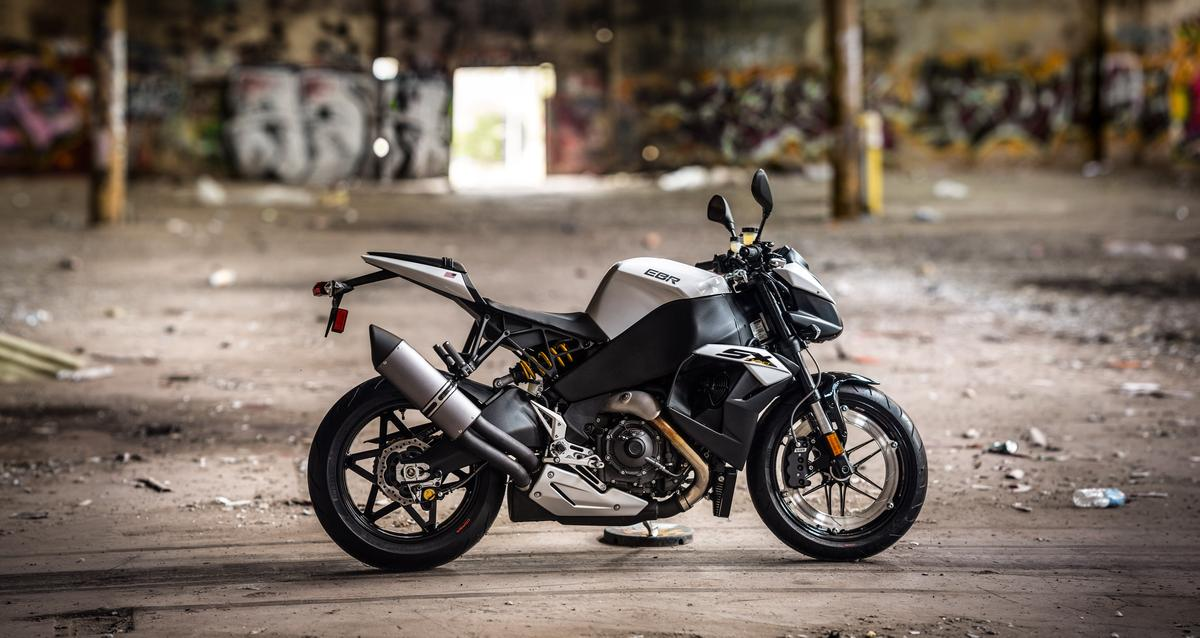 Buell takes streetfighters to a new level with the EBR 1190SX (Photo: Loz Blain)