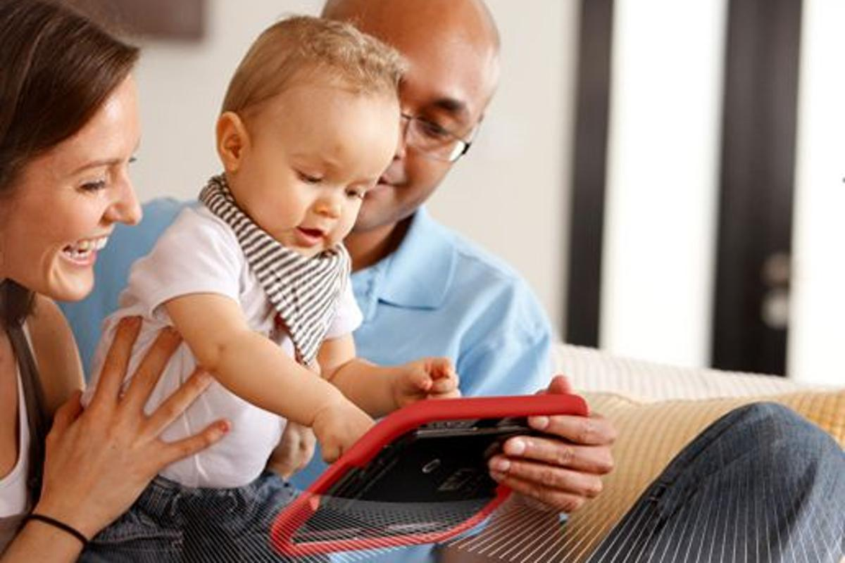 VINCI Tab: Android 2.3-based 7-inch tablet designed for children of up to four years
