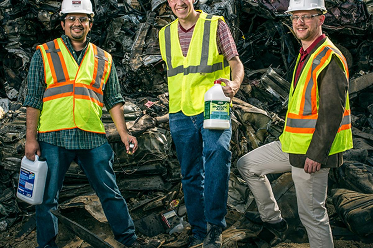 The team insists its objective is to make its DIY scrap-metal approach available to the masses