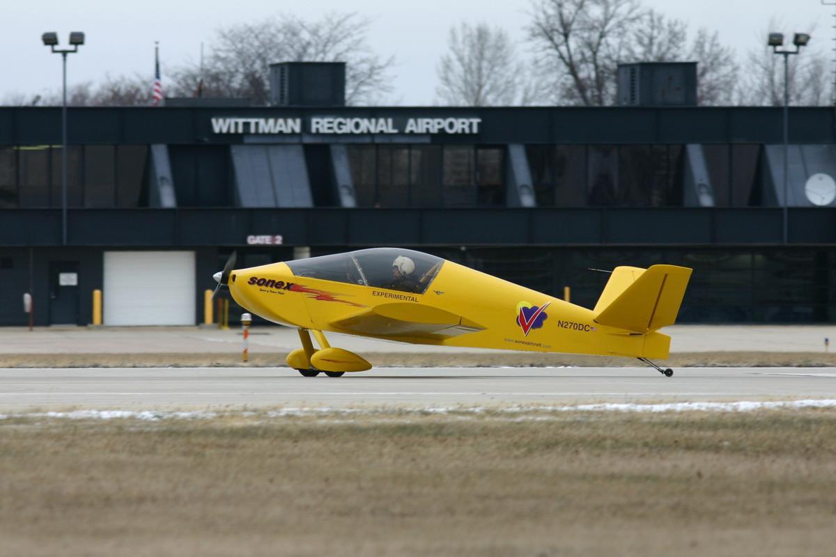 E-Flight Electric Waiex begins the takeoff roll