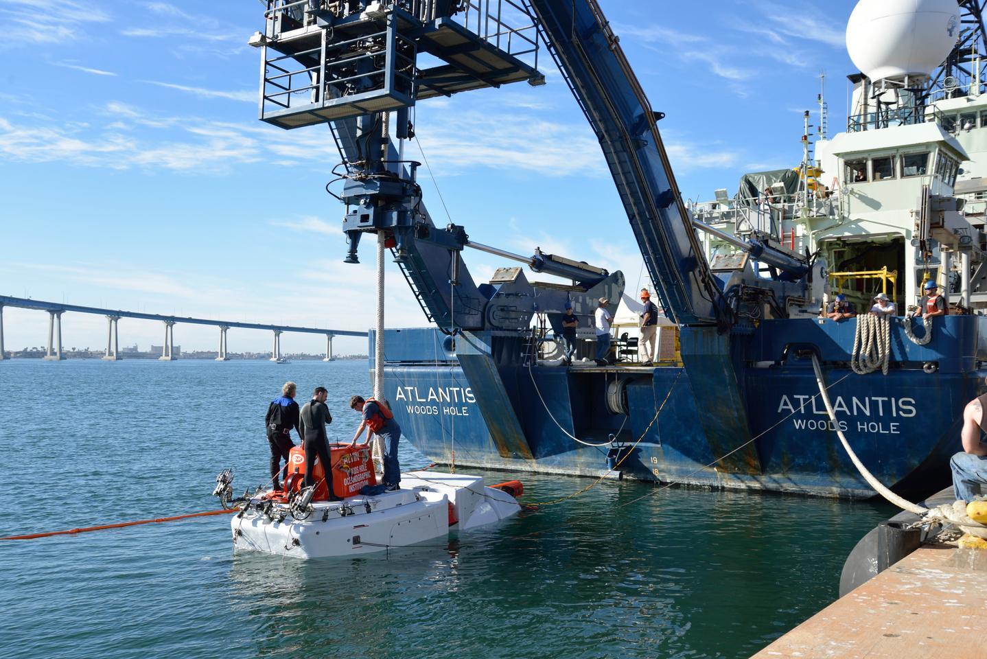 Alvin off the stern of the R/V Atlantis