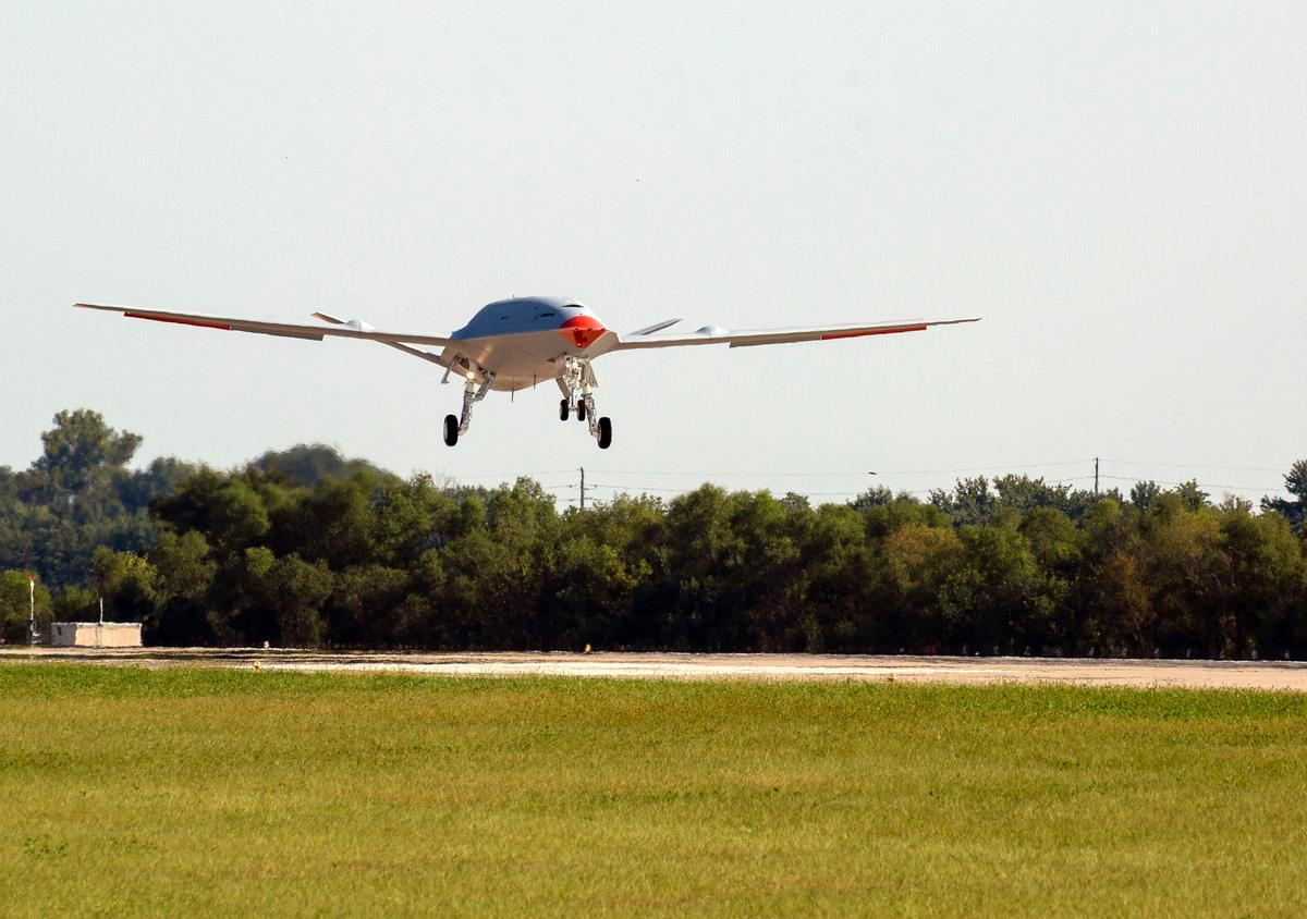 Boeing's MQ-25 in action at MidAmerica St. Louis Airport
