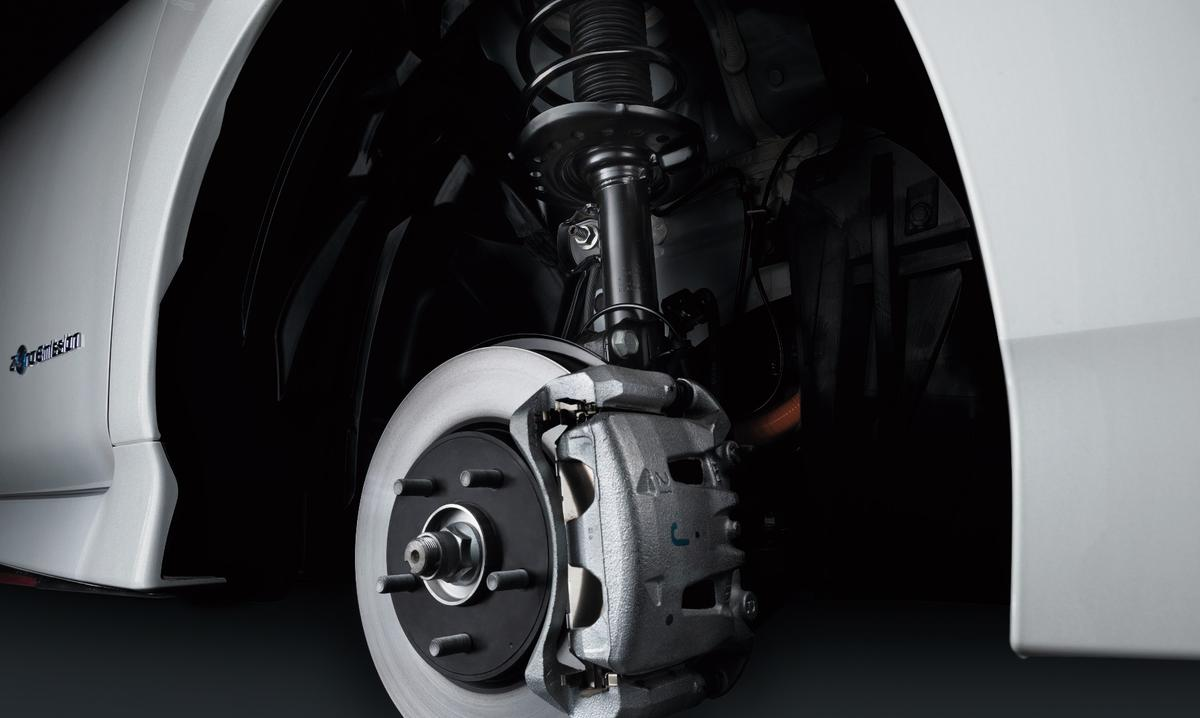 TheNIssanLeaf Nismo sports customized suspension