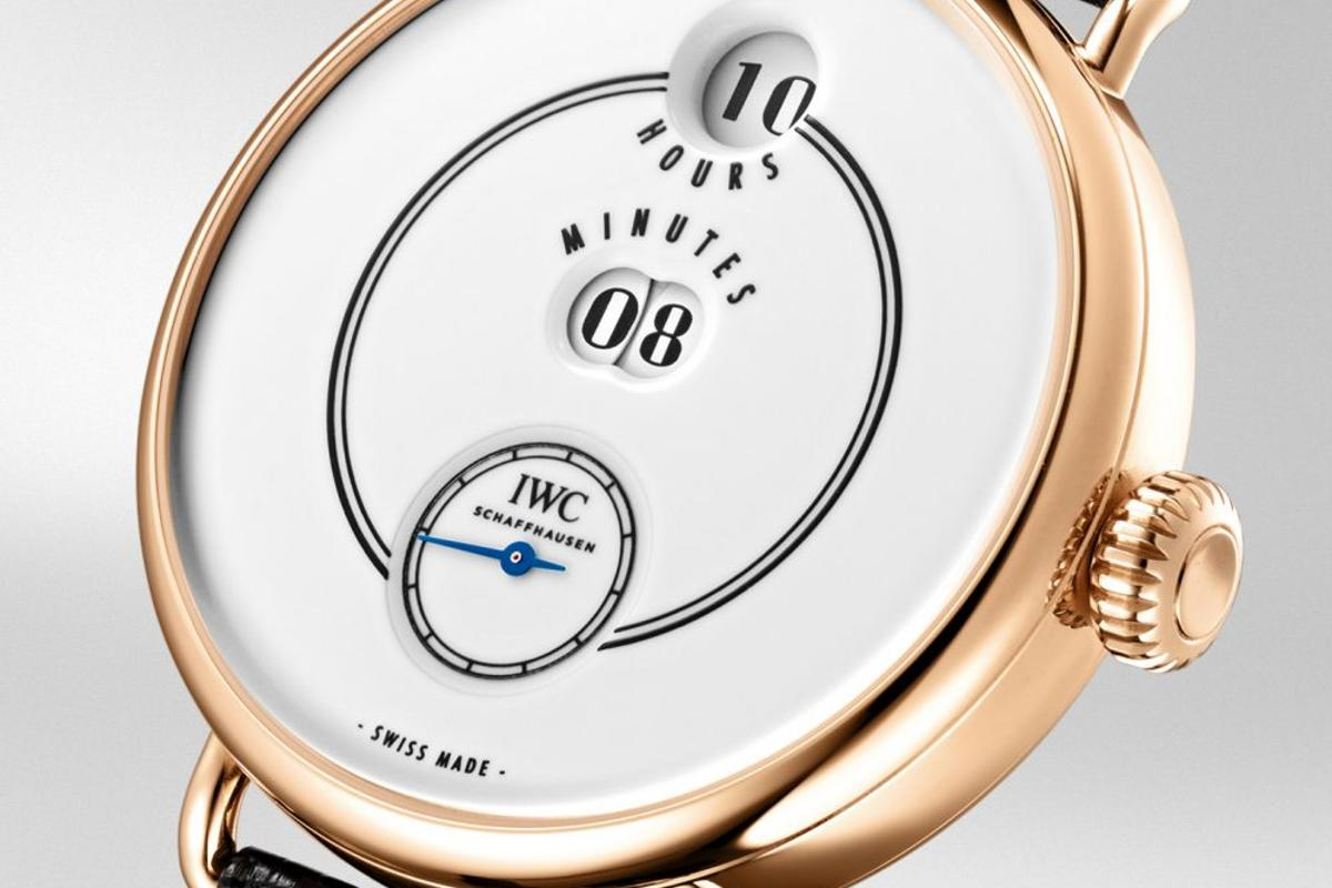 The Pallweber is a tribute to the first commercial digital watch of 1884