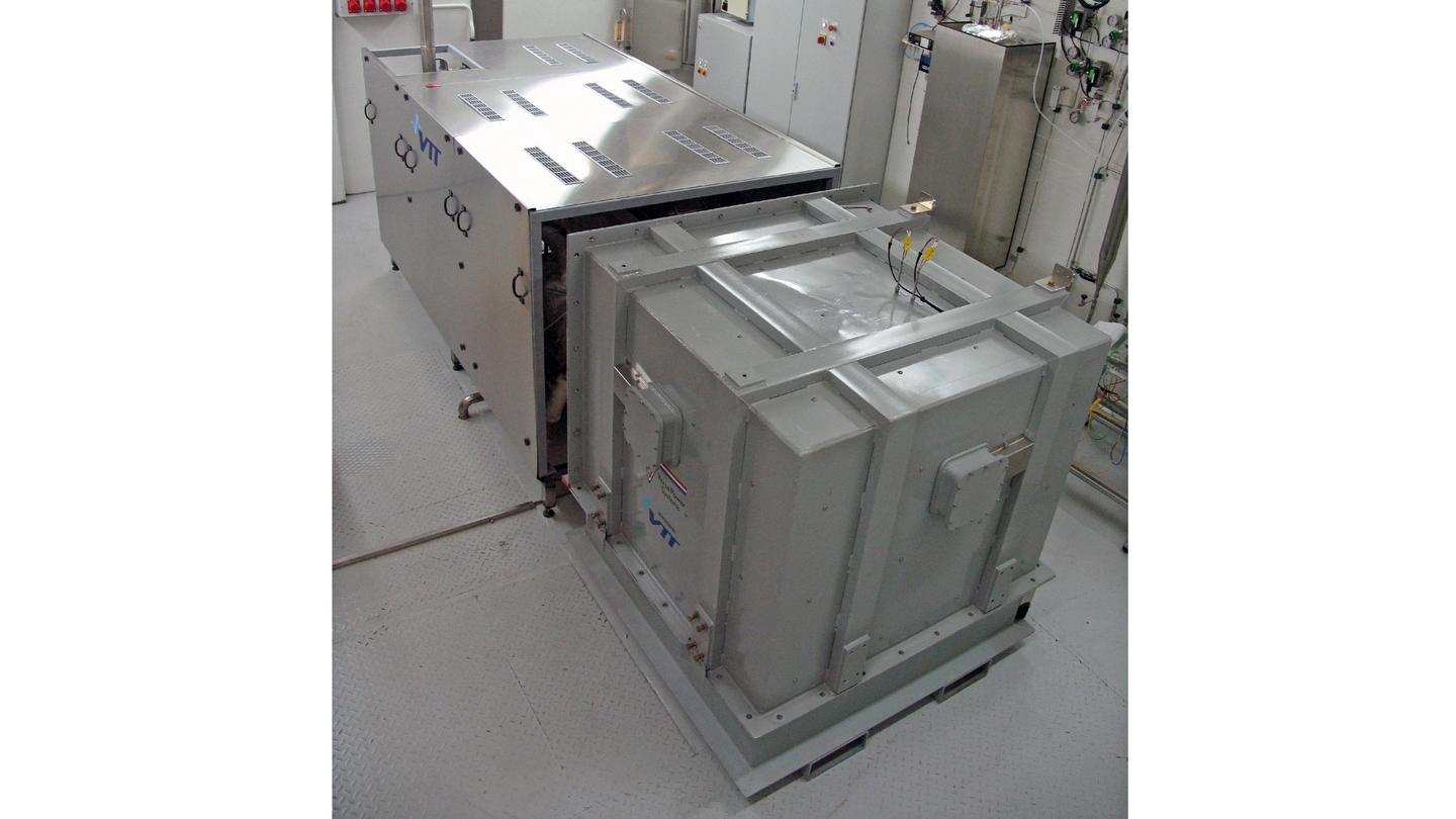 The VTT solid oxide fuel cell (SOFC) system prototype is being field tested