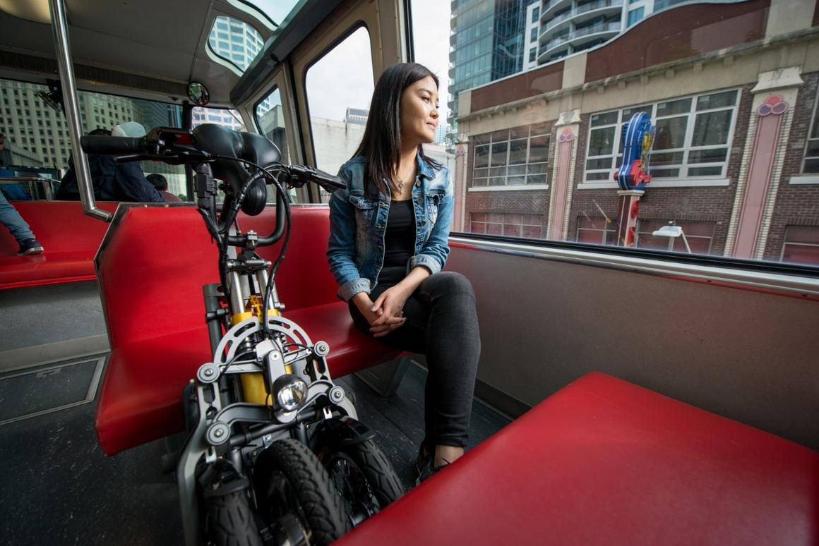 The Mylo electric scooter takes less than a second to fold up to 15 x 20 x 41 in (38 x 51 x 104 cm) for transit on the train or bus