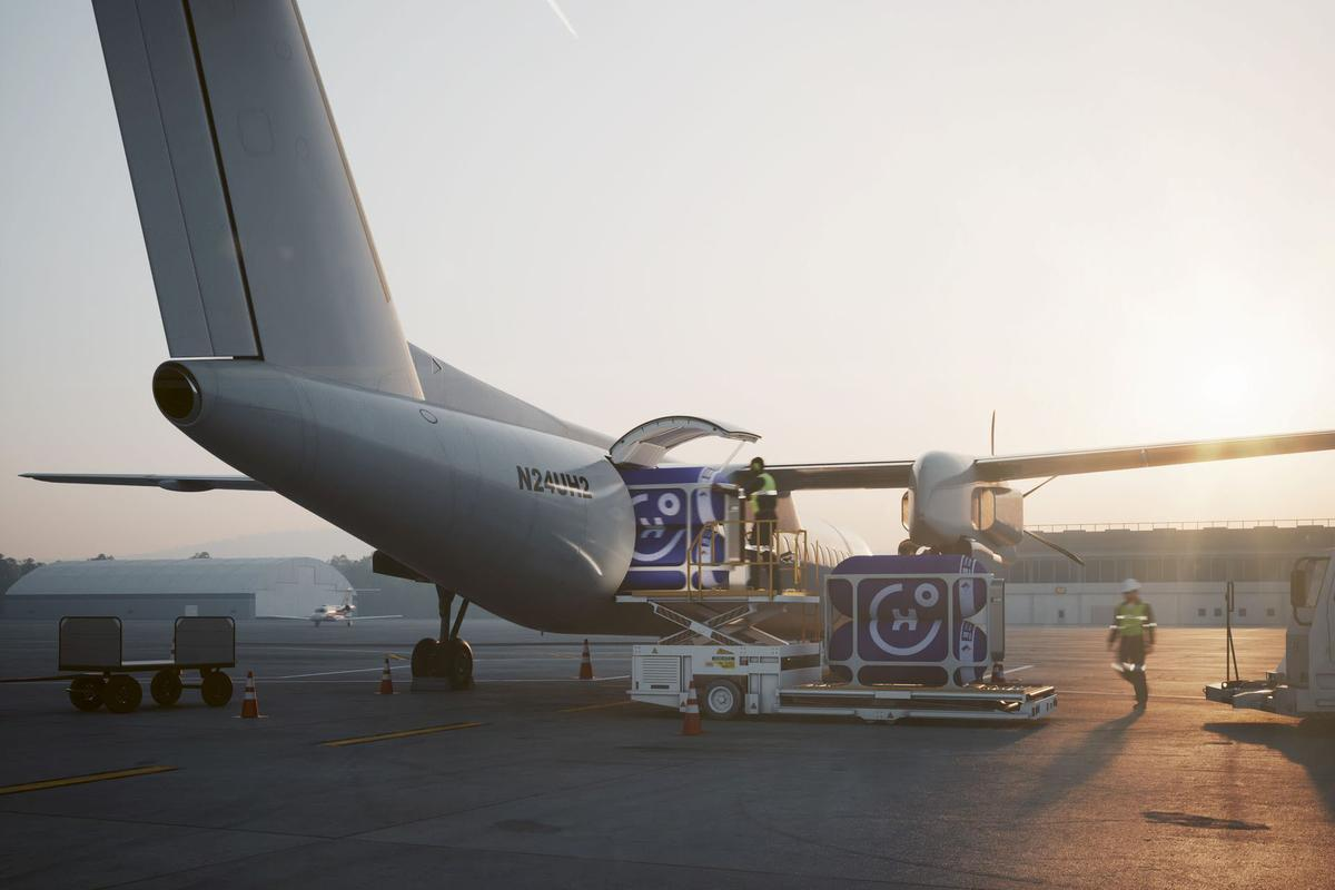 Universal Hydrogen is building interchangeable hydrogen pods for fuel-cell airliners, and has signed deals with three airlines to convert 21 aircraft to hydrogen-electric