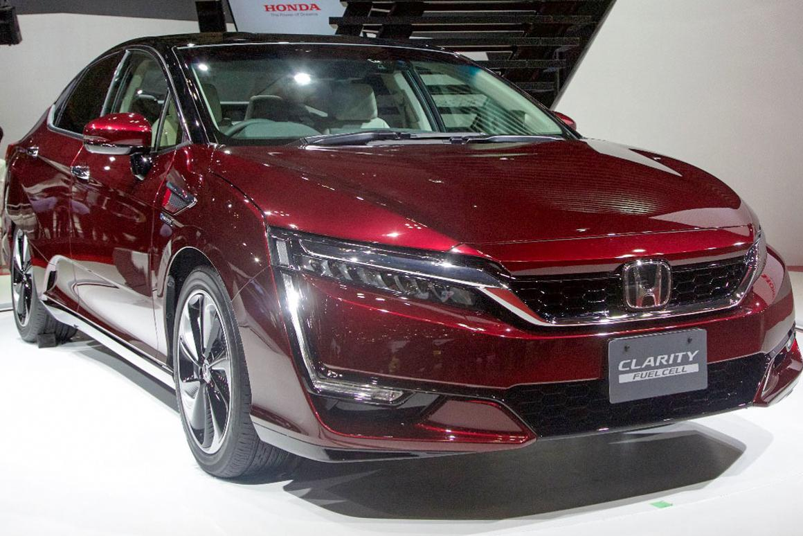 At once contemporary and futuristic, the new Clarity Fuel Cell is Honda's vision for a hydrogen future