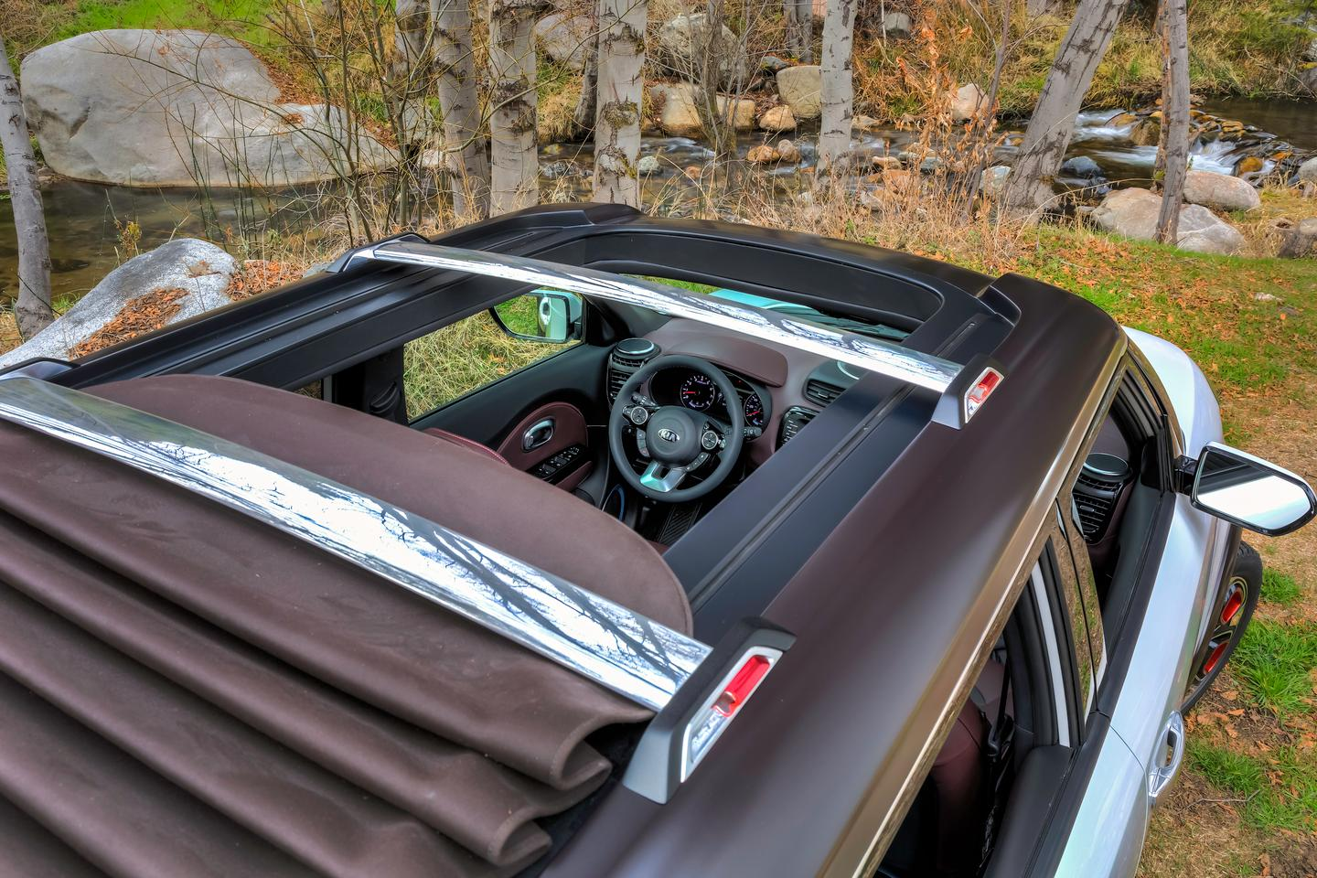 The weatherproof canvas roof gives the Trail'ster an airy convertible feel