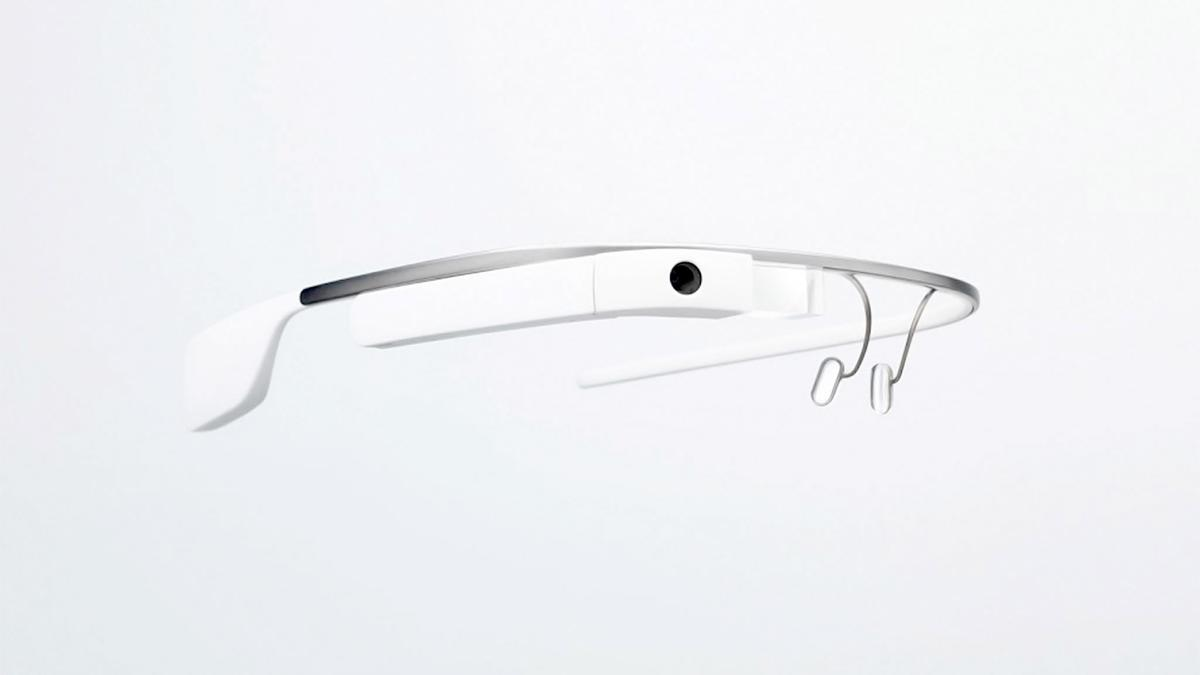 Google's big monthly update to Glass brings a few new Google Now cards, as well as main-screen voice commands for a couple of popular third-party services