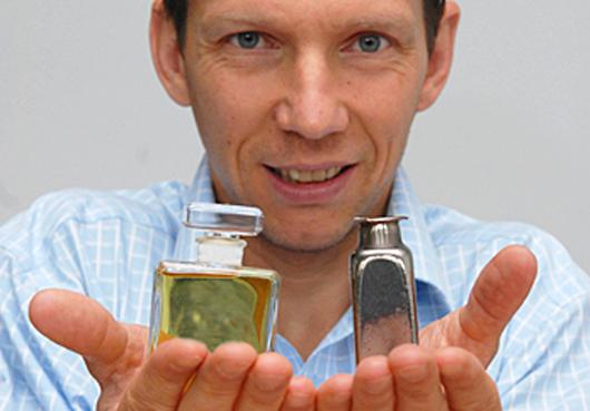 Jan Schroers and his team have developed novel metal alloys that can be blow molded into virtually any shape