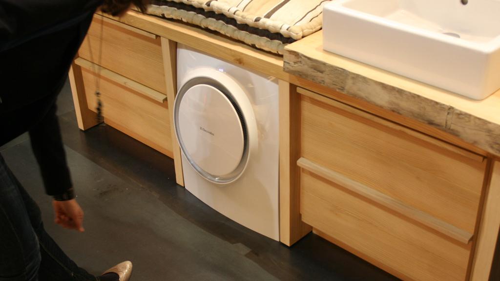 The freestanding Electrolux SHINE concept washing machine