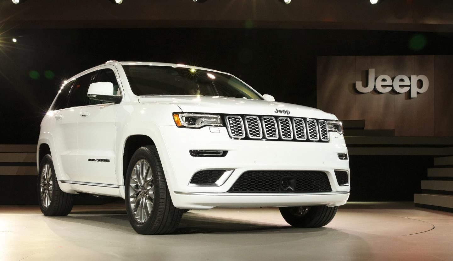 Jeep shows the new 2017 Grand Cherokee Summit at the 2016 New York International Auto Show