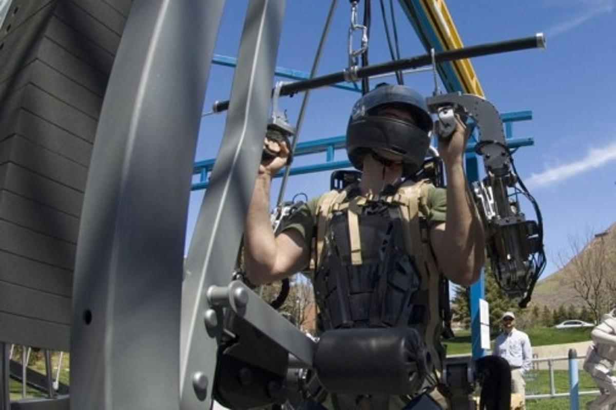 Raytheon Sarcos ExoskeletonPhoto: Raytheon Company