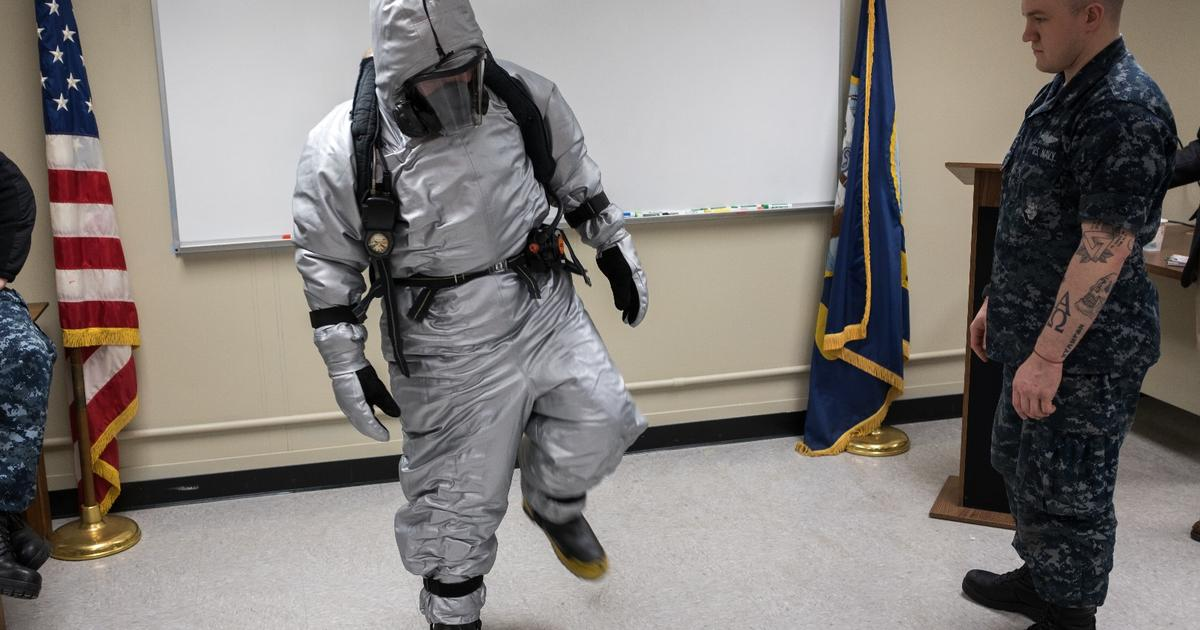 US Navy tests new steam suit to tackle submarine disasters