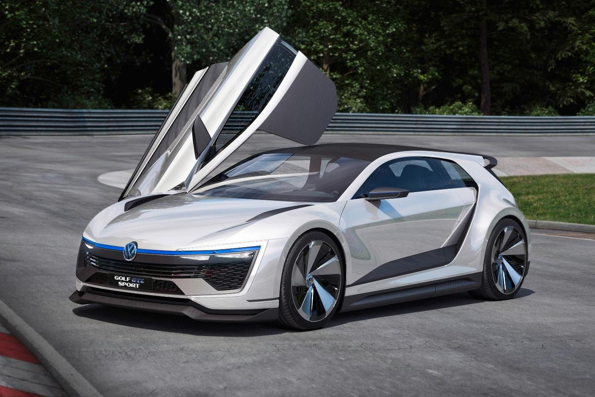 The car's gullwing doors are very similar to those on the XL1
