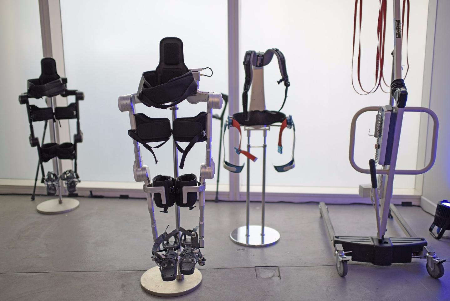Hyundai is highlighting its robotic exoskeleton line at CES 2017