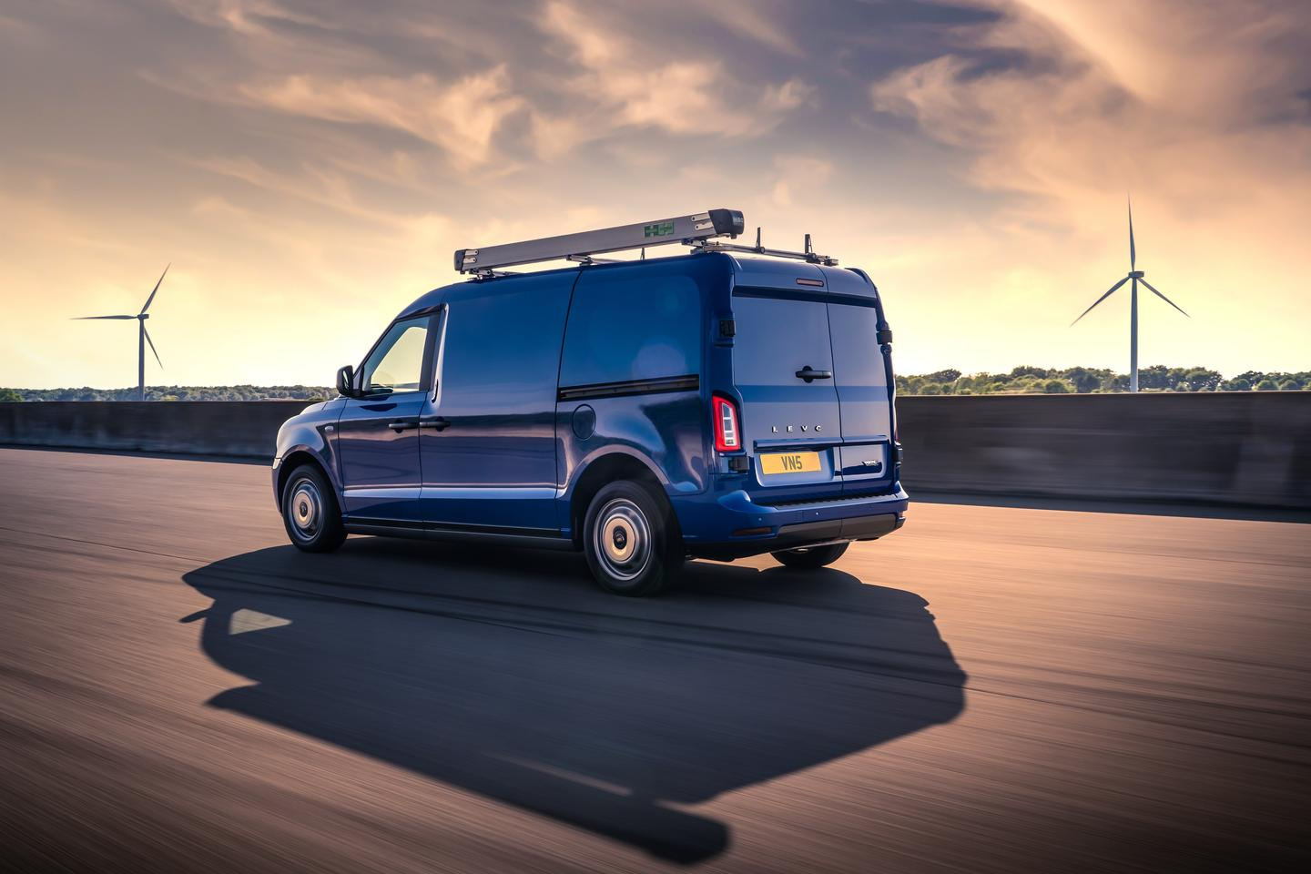 Launched today, the VN5 is powered by the same range-extender drivetrain found in the TX taxi