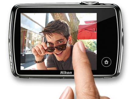 The COOLPIX S01 has a 6.2 cm (2.5-inch) 230k-dot LCD touch screen on the rear