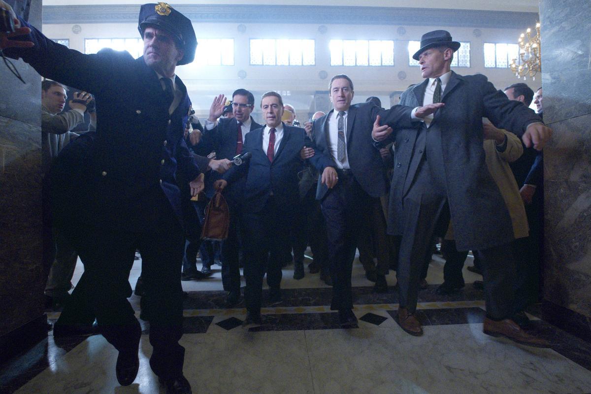 Ray Ramano (Bill Bufalino), Al Pacino (Jimmy Hoffa), and Robert De Niro (Frank Sheeran) in The Irishman
