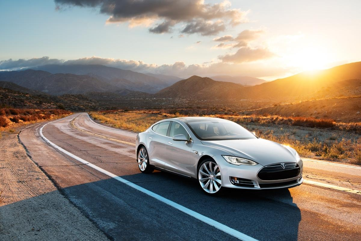 Tesla sent out two Model S to make the trip from San Diego to Vancouver using only the supercharger network to demonstrate the new corridor's effectiveness in a real world application