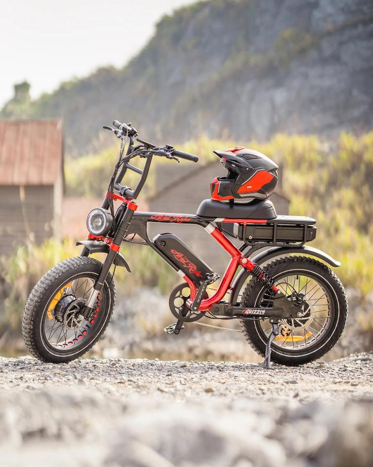 Arielrider's dual-motor, dual-battery Grizzly ebike
