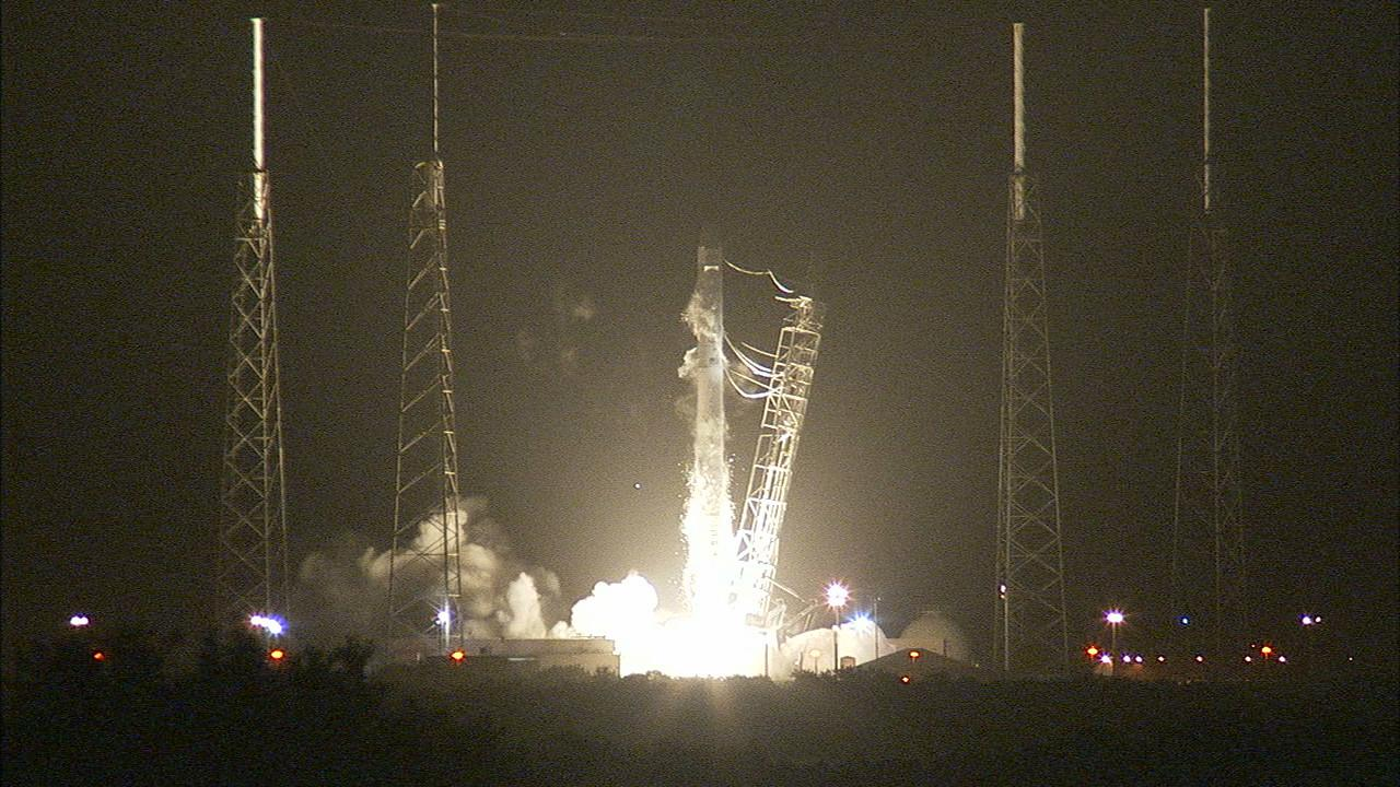 CRS-4 lifting off (Image: NASA Television)