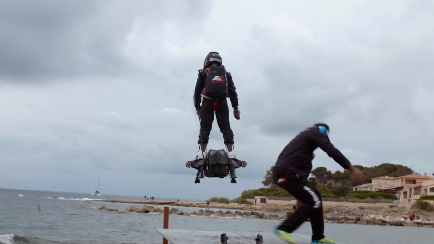 The Flyboard Air taking off for its record-breaking flight inMarseille, France, April 2016