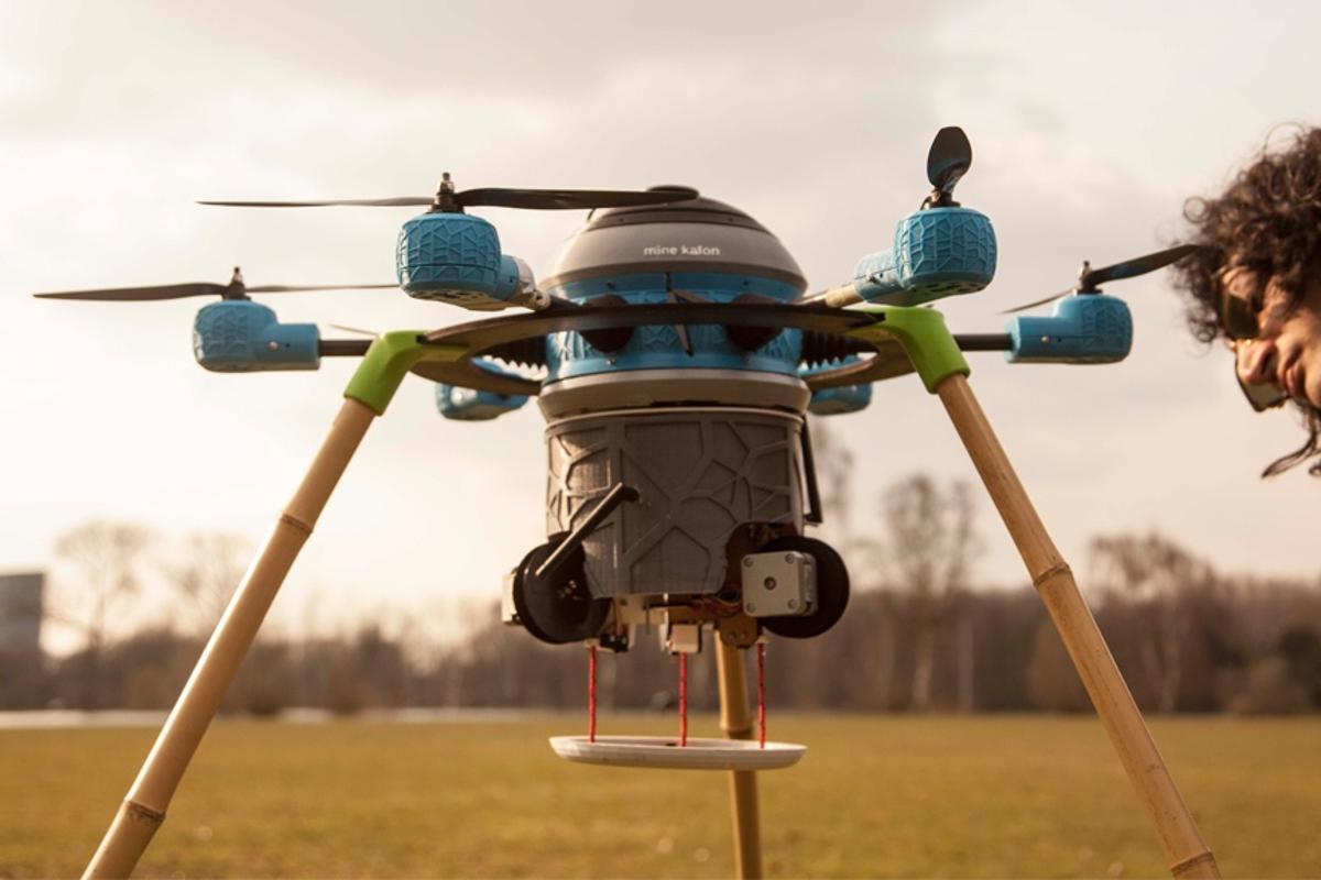 Massoud Hassaniinspects one of theMine Kafon Drone prototypes