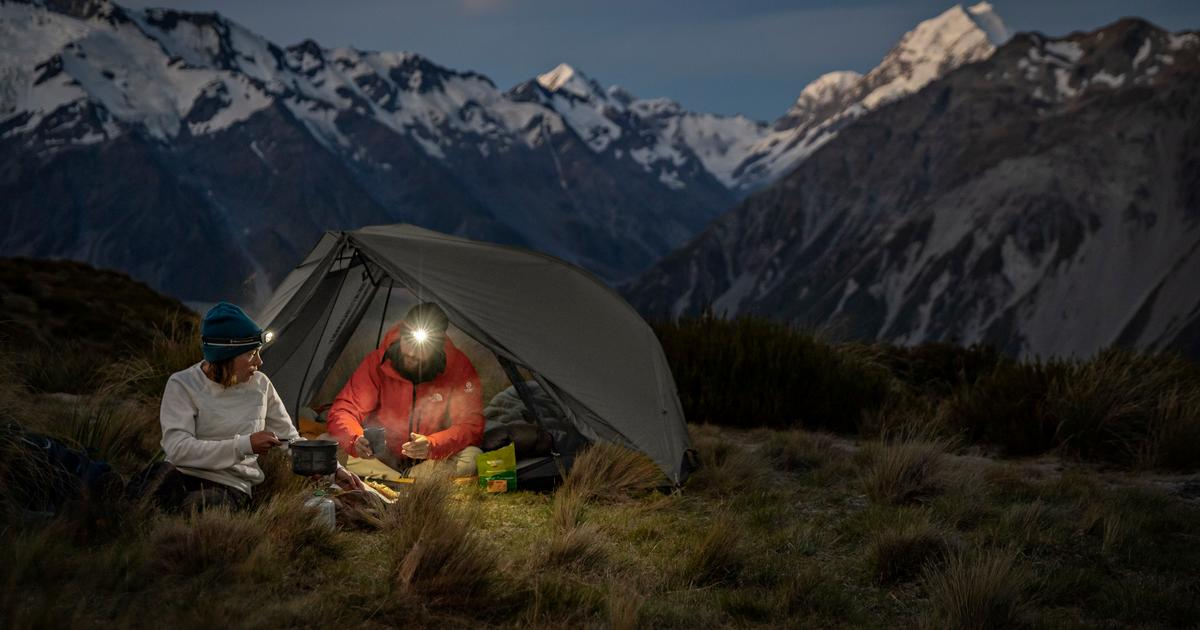 Sea to Summit reverses its pole on roomy ultralight backpacking tents