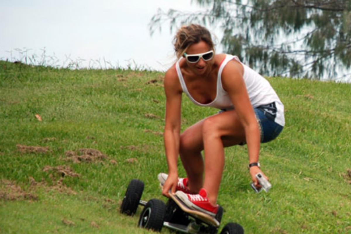 Fiik handles downhill, off road