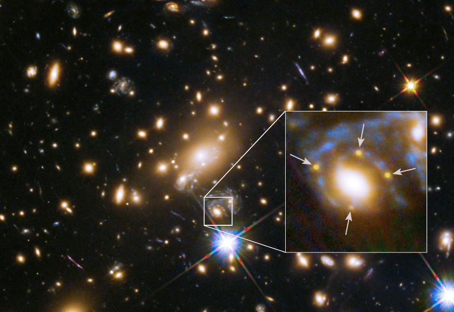 MACS J1149.6+2223 and the images of the supernova