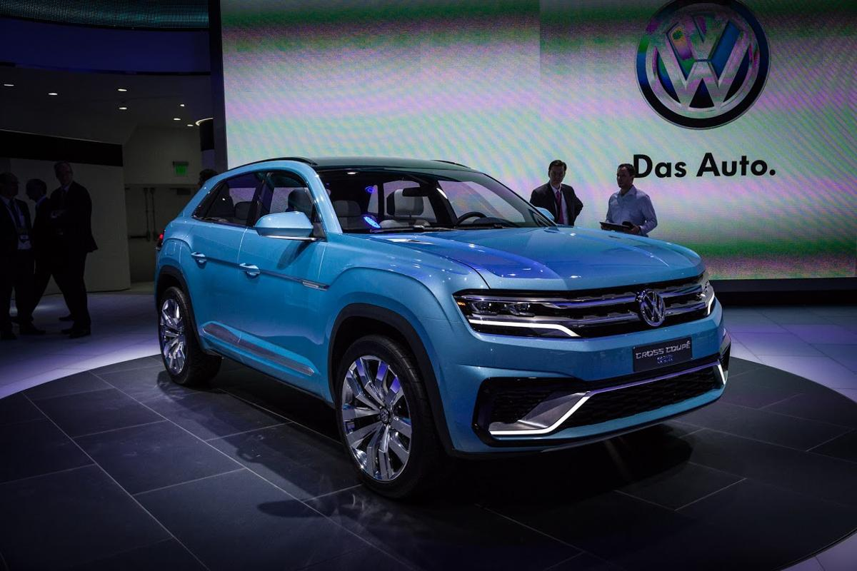 The Cross Coupe GTE concept previews the design language that will appear on next year's production SUV (Photo: Loz Blain/Gizmag)