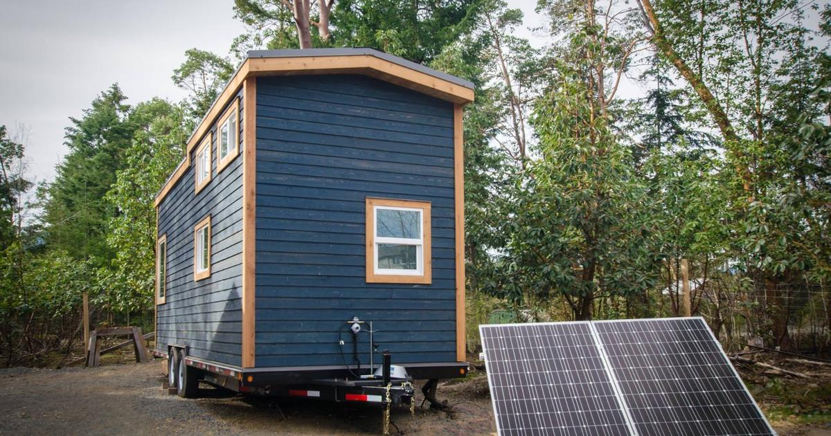 Blue Heron tiny house cuts the cord, keeps the home comforts