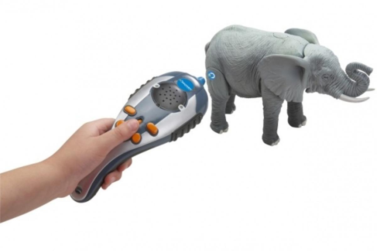 Smart Animals Scanopedia uses smart tag recognition technology to teach kids about animals in a fun way