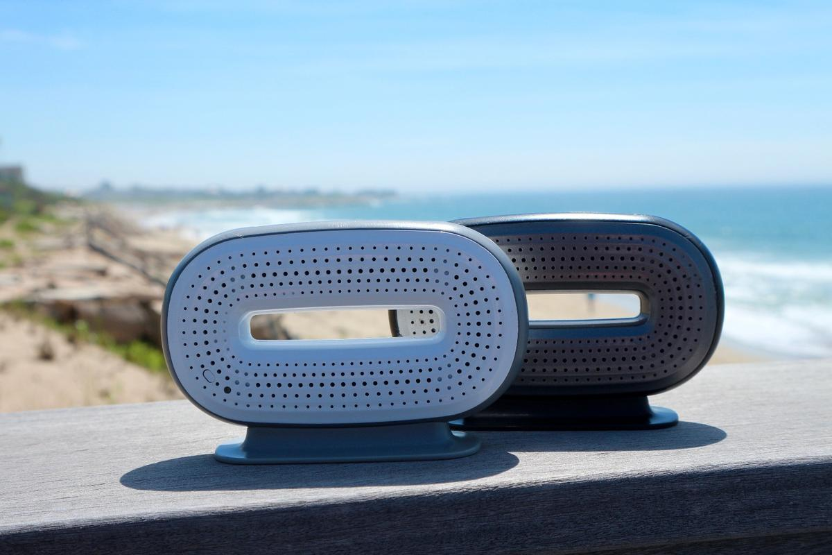 The Flat Magnetic Speaker Technology at the heart of the Mini-O allows for unitsize and weight reductions while still offering 6 W audio output