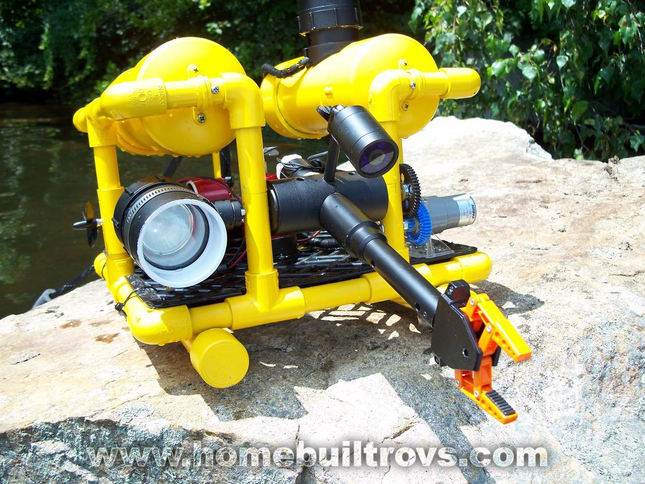 Hobbyist Steve Thone's homebuilt SeaFox, with custom propulsion and manipulator arm (Photo: Steve Thone)