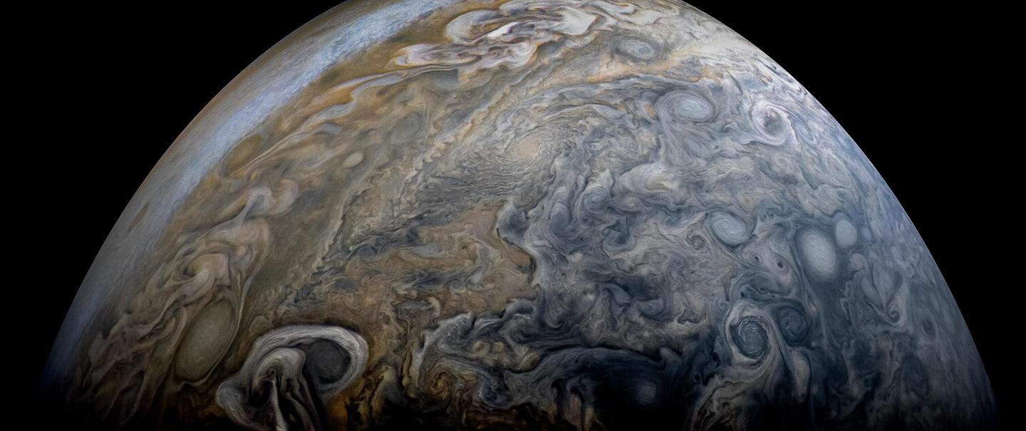 NASA's Juno spacecraft captured this stunning Jovian cloudscape on its 11th close flyby of Jupiter