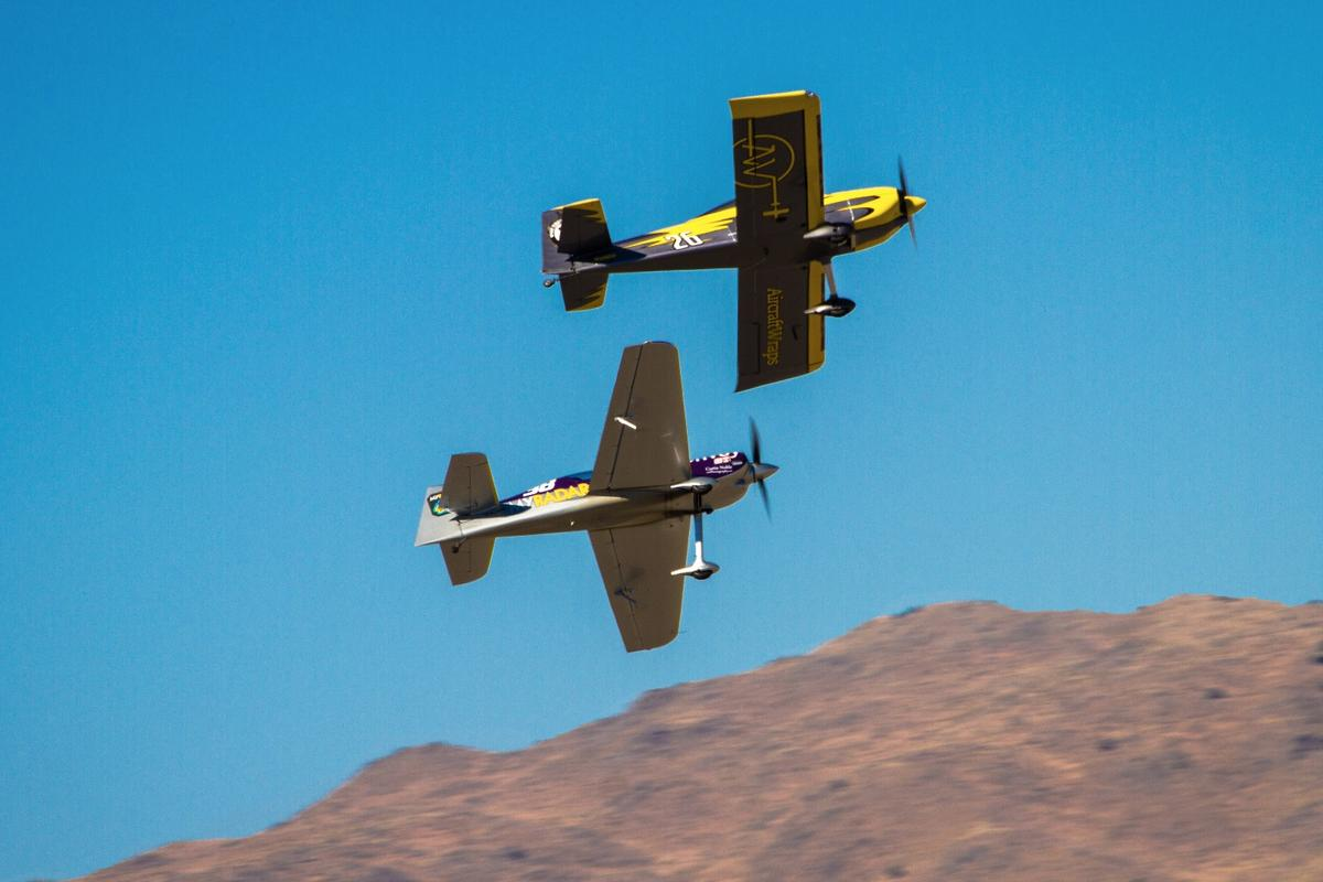 Wing to wing: an optical illusion. Racers try to keep at least an entire wingspan between them in the air