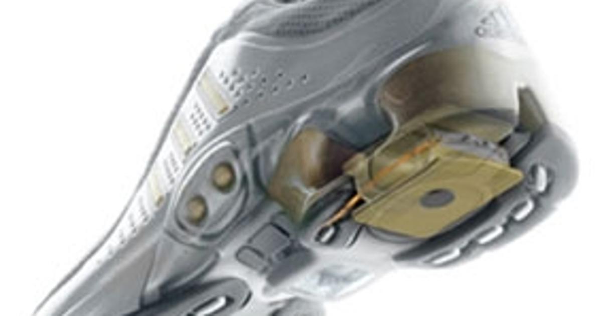 Gracias por tu ayuda Perder la paciencia Popa  Adidas Launches the Intelligent Running Shoe