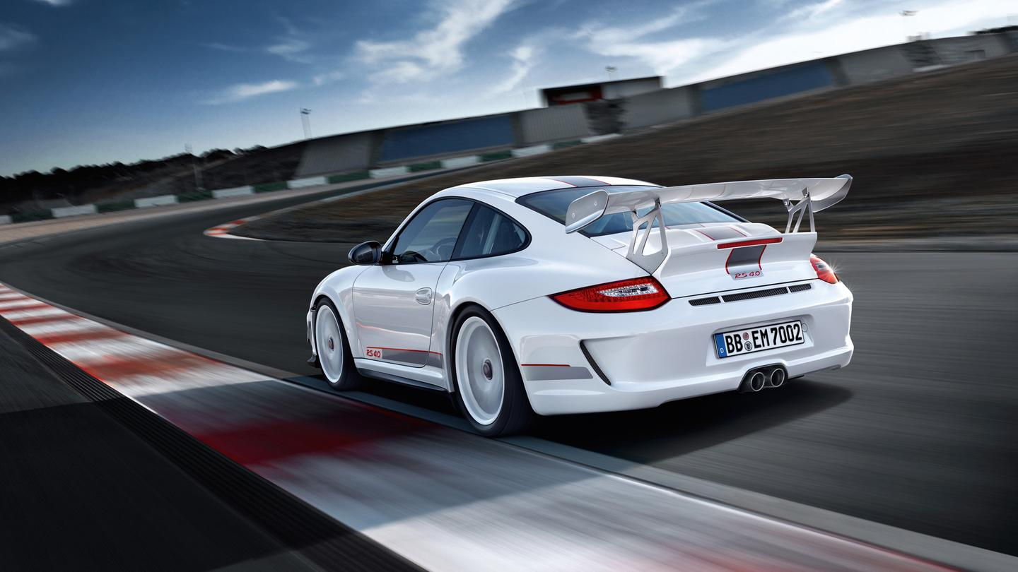 The Porsche 911 GT3 RS 4.0 can lap the Nurburgring-Nordschleife circuit in 7:27 if you're good enough