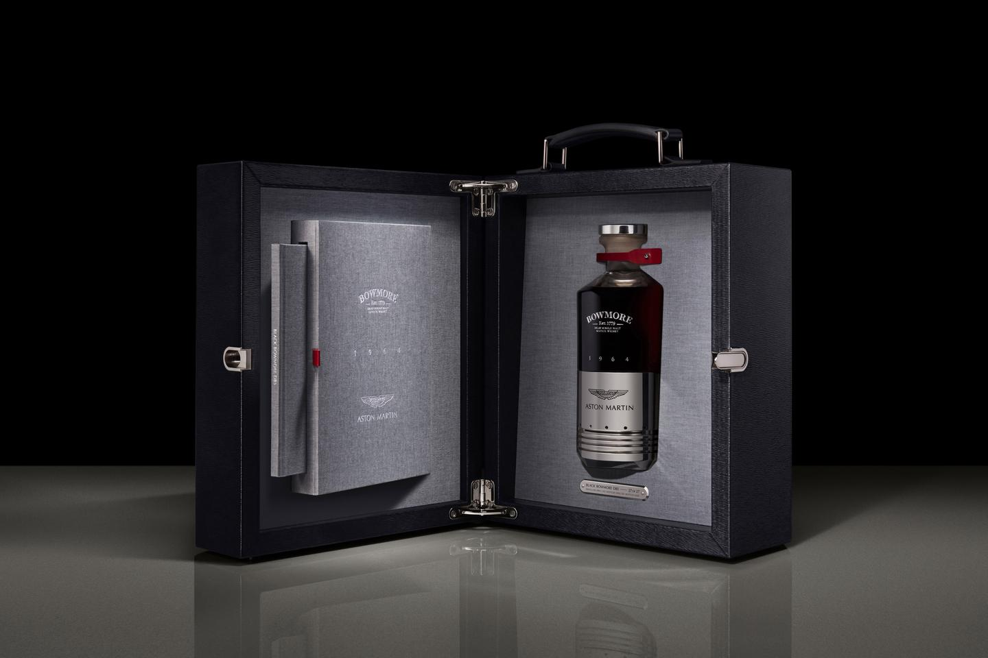 Black Bowmore DB5 1964 is presented in a handmade calfskin presentation box; itself a work of art, with bespoke nickel-plated brass latch and hinges.