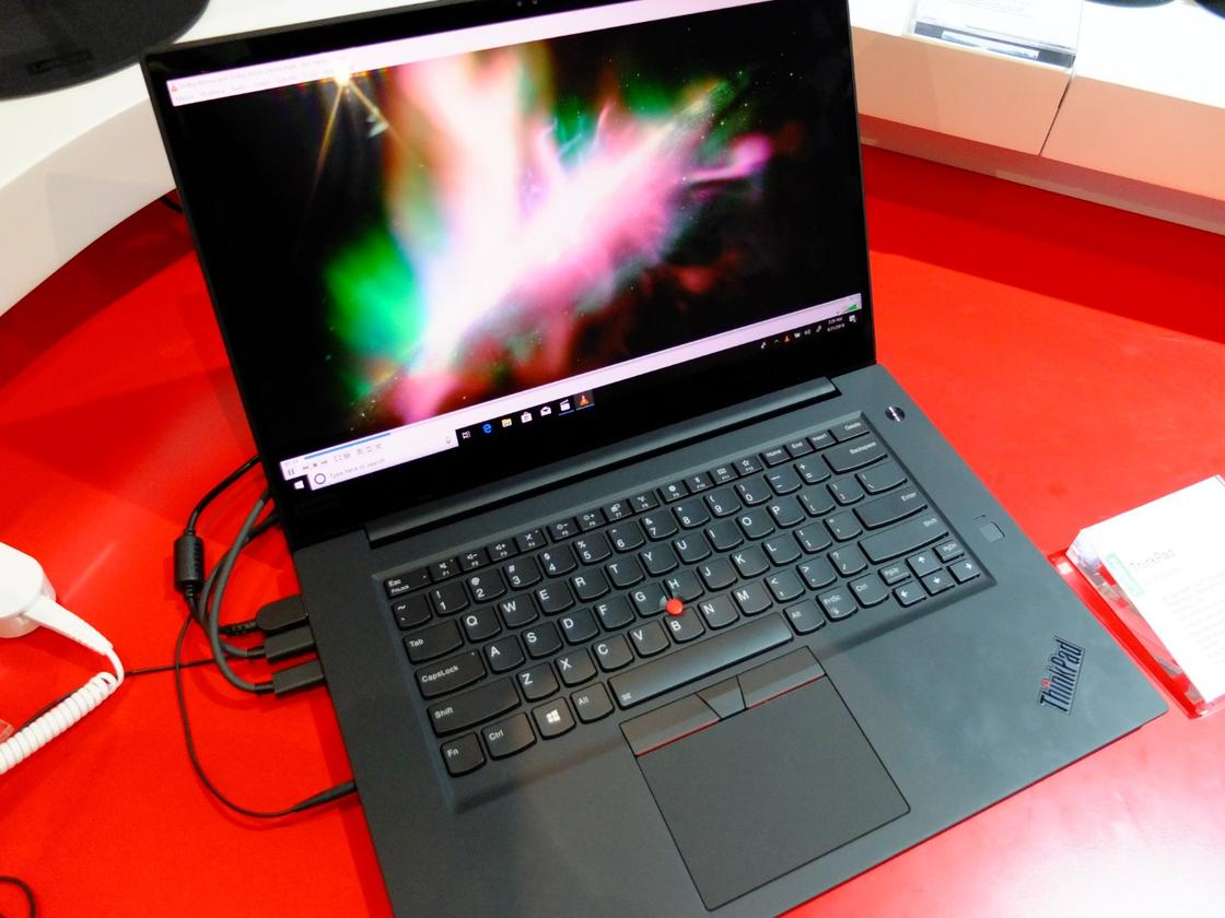 UHD display, 8th Gen Intel Core processors, up to 64 GB of RAM and 15 hour battery life: the ThinkPad X1 Extreme