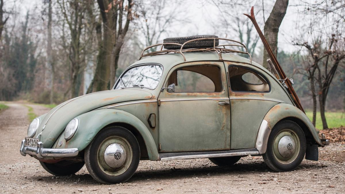 This 1952 Volkswagen Type 1 Beetle is estimated by RM-Sothebys to sell for between €55,000 and €80,000 when it goes to auction on February 8, 2017 at Place Vauban in Paris.